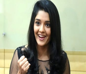 Ritika Singh Wiki, Age, Height, Weight, Husband, Bio, Family