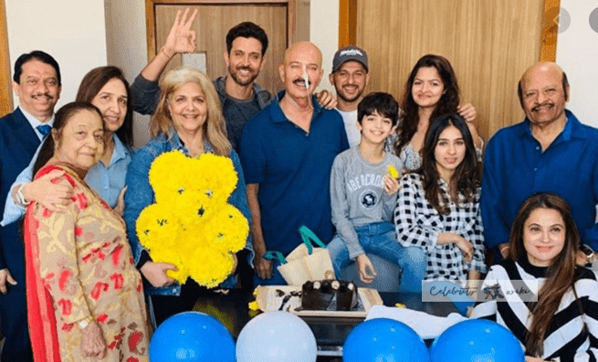 hrithik roshan family photo