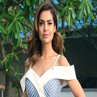 Esha Gupta Wiki, Age, Height, Salary, Husband, Biography
