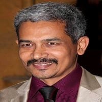 Atul Kulkarni Wiki, Age, Height, Salary, Wife, Biography
