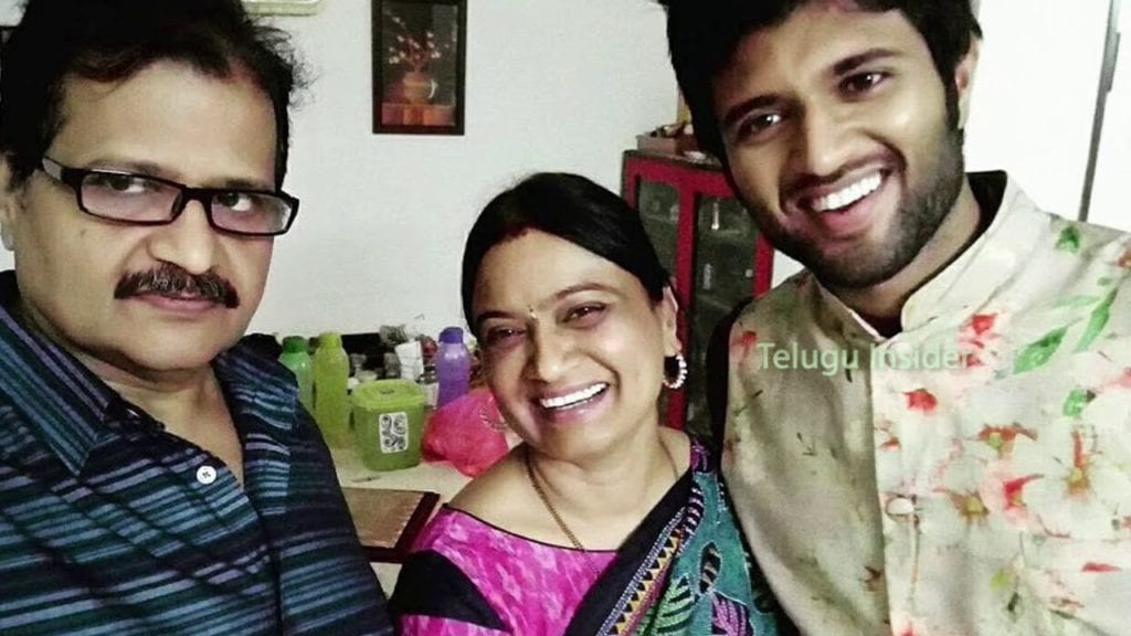 Vijay Deverakonda Father Deverakonda Govardhana Rao Photo