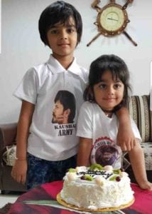 Kaushal Manda Daughter Lalli and Littu Picture