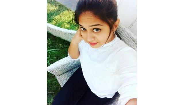 Yashvi Kanakala Selfie Pelli Choopulu