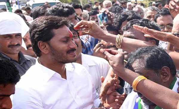 Y.S Jagan Mohan Reddy Wiki, Bio, Age, Wife, children, Corruption facts