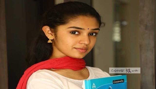 Krithi Shetty (Uppena Actress)/ Wiki, Bio, Boyfriend, Salary, Family Background