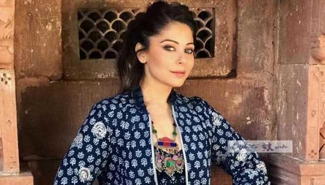 Kanika Kapoor Wiki, Bio, Age, Boyfriend, Husband, Coronavirus, Personal Details