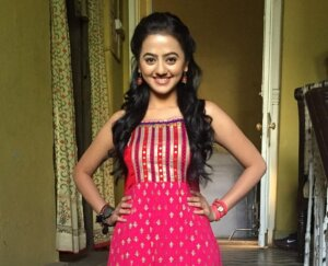 helly shah image