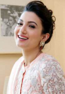 gauhar khan pose with smile