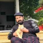 Mohanlal Photo With Cat