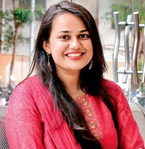 Tina Dabi (IAS) Wiki, Age, Height, Husband, Salary, Net Worth | Biography