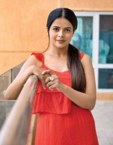 Jigyasa Singh in red dress