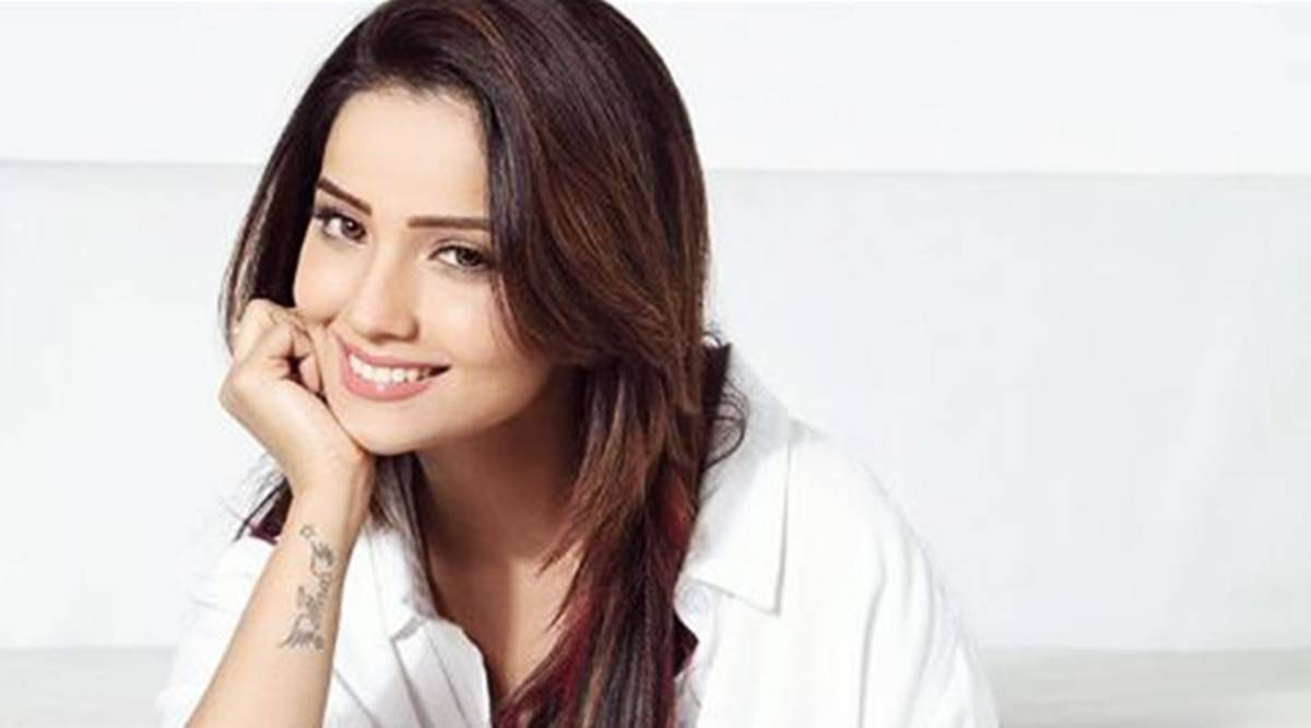 Adaa Khan Age, Height and More