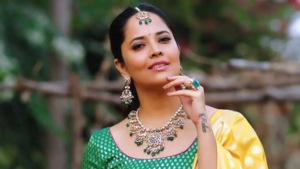 Anasuya Bharadwaj images in saree pose