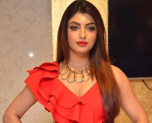 Akanksha Puri Wiki, Age and more