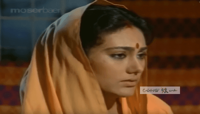 Deepika Chikhalia Ramayan Sita Photo and Wiki