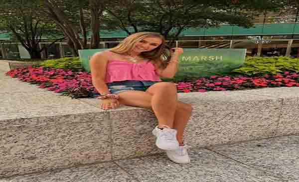 Ariana Lee Bonfiglio Wiki, Bio, Age, Boyfriend & Net Worth