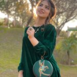 Dananeerr beautiful photo in green dress