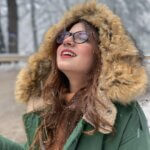 Dananeerr cute photo in snow fall
