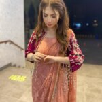 Dananeerr pawri girl in saree
