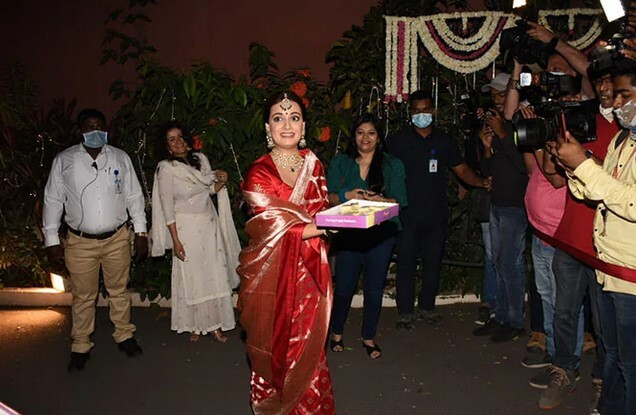 Dia Mirza and Vaibhav marriage pics exclusive sweets