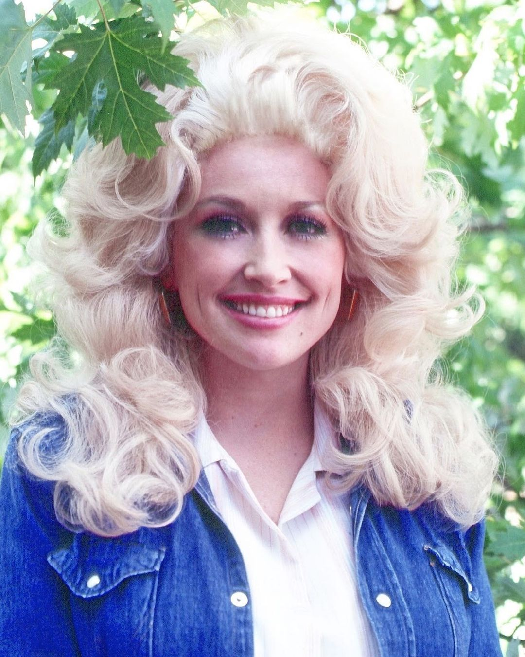 Dolly parton Without Makeup Photo