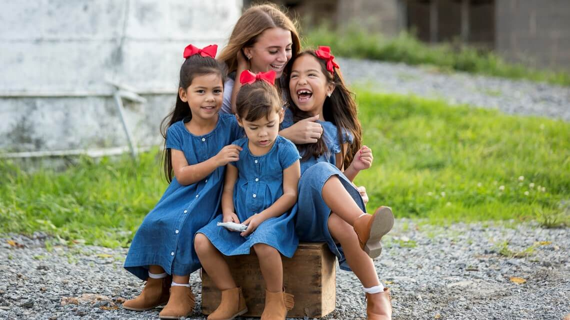 michael fanone family and daughters photo